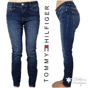 Tommy Hilfiger Mid Rise Blue Wash Skinny Jeans NWT